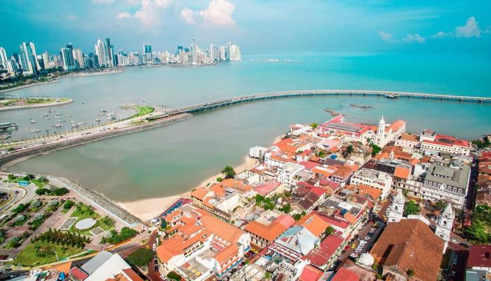A Tour Around the Coolest Neighbourhoods in Panama City