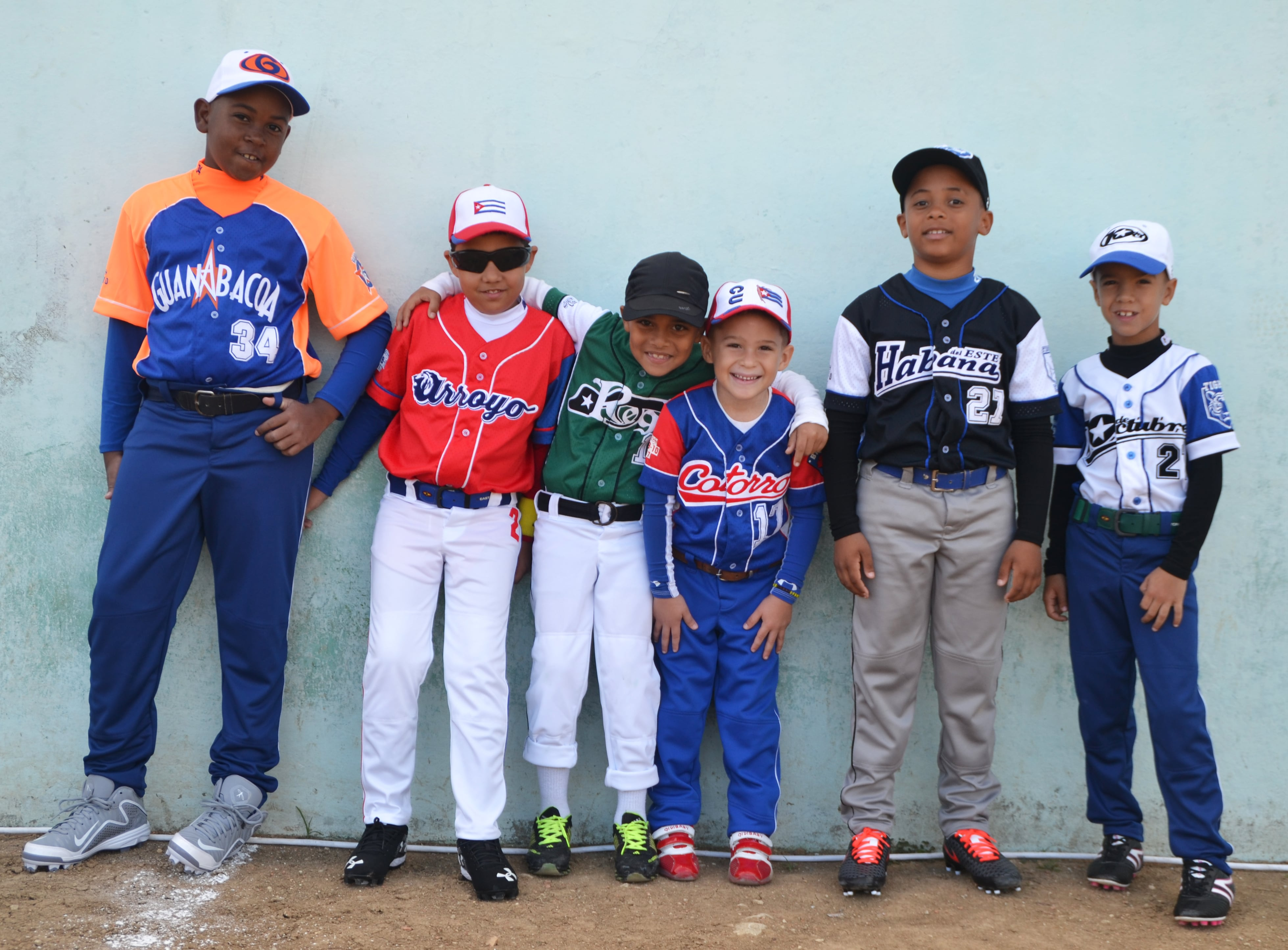 Chueco, the Company that Clothes the Future Stars of Cuban baseball