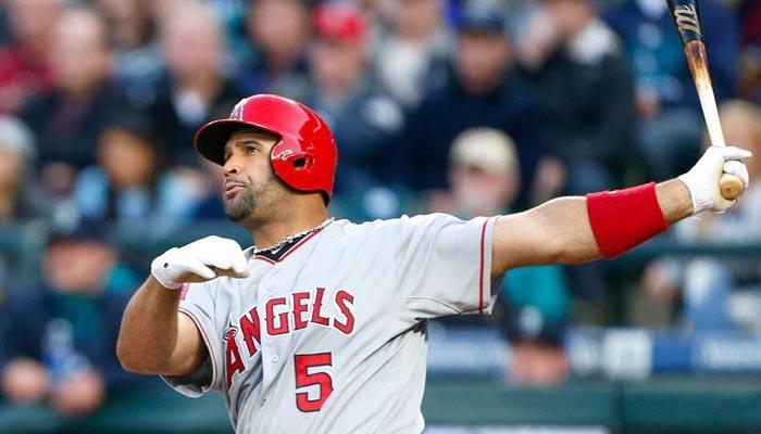 Top 10 Latin American Baseball Players in the 2016 MLB ...  Top 10 Latin Am...