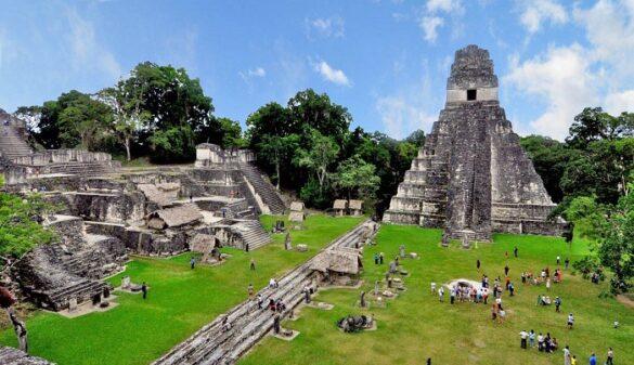 Tikal es uno de los destinos imperdibles de Guatemala. Foto: Belizing