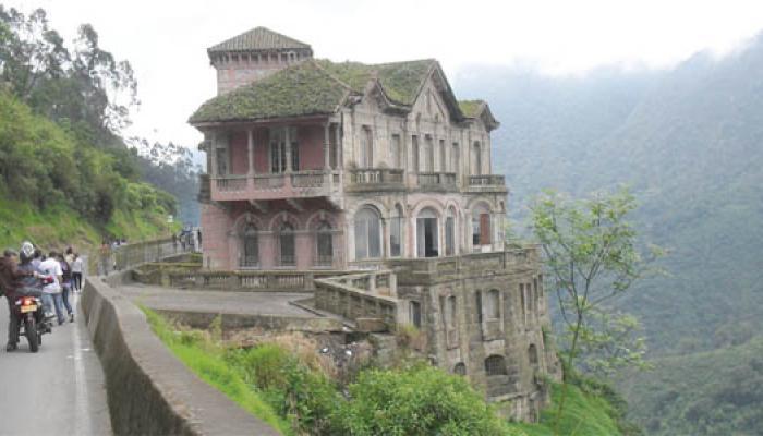 El hotel abandonado de el Salto de Tequendama