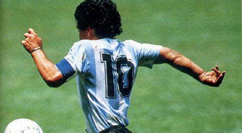 Se va Maradona