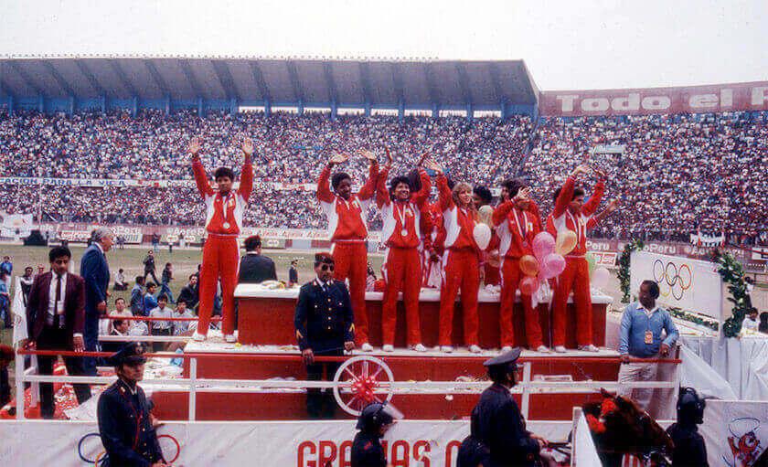 deportistas peruanos