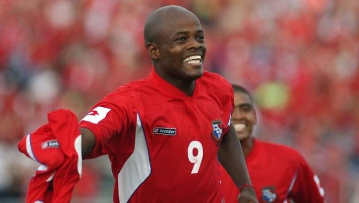 Julio César Dely Valdés encabeza nuestro listado de los mejores futbolistas panameños de todos los tiempos. Foto: La Estrella Panamá.